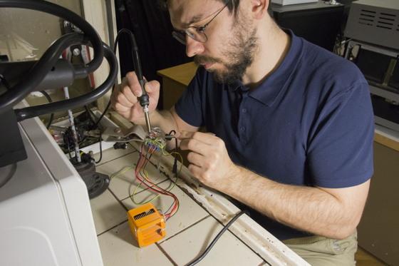 MakersUA — всі мейкери України. Науковець та мейкер Ігор Панас про водорості на Марсі та повагу до вчених-фізиків
